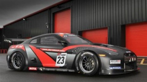Nissan GT-Rs competing in GT1